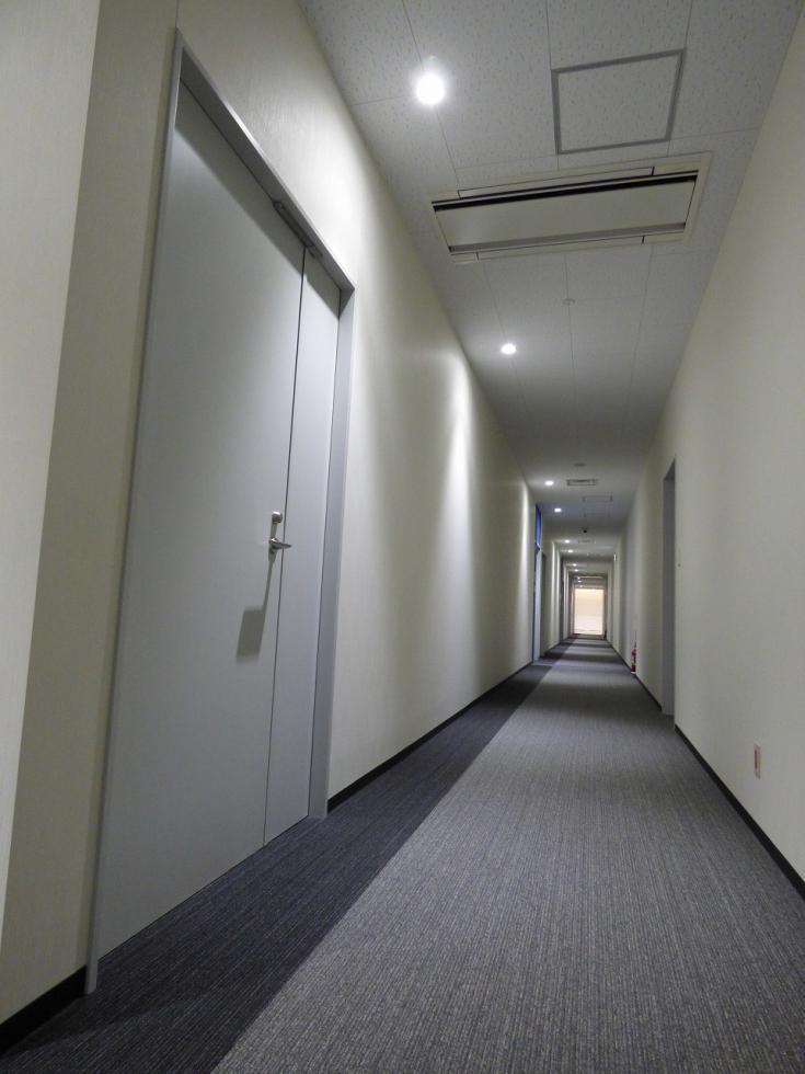 廊下(事務所)